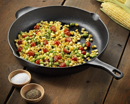 Cast Iron vs. Stainless Steel Cookware - Which is Better? Picture