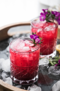How to use flowers in your beverage