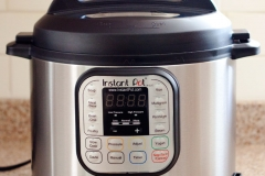 Slow Cookers Vs. Pressure Cookers – Which One to Choose? Picture