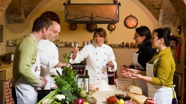 Three different styles of cooking classes – what to choose
