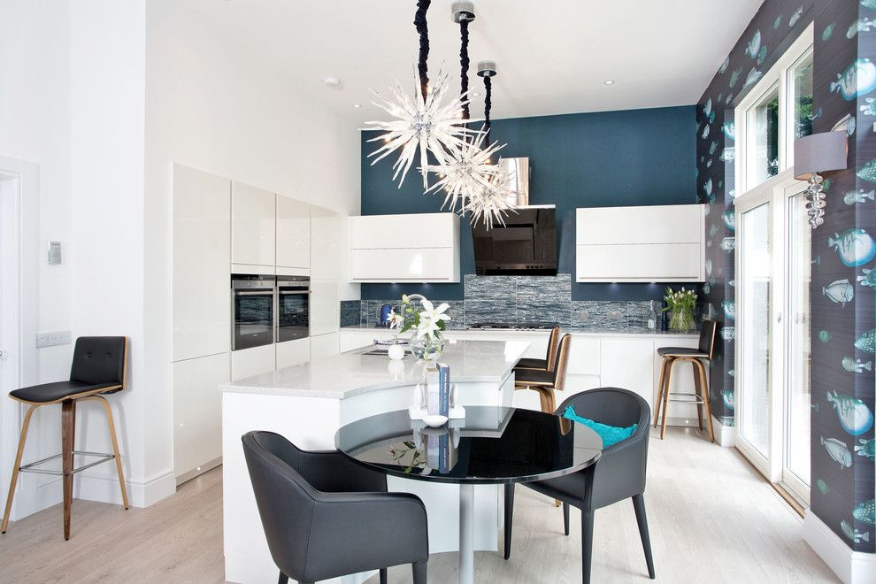 make sure your kitchen has these modern features